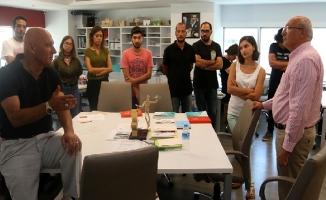 CHP Milletvekili Çakırözer'den Altınok Öz'e Ziyaret