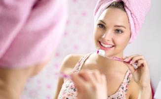 Dişlere Zarar Veren 6 Hatalı Alışkanlık