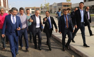 Toki Başkanı Turan:  Türkiye'ye örnek olacak yeni bir kent merkezi doğdu