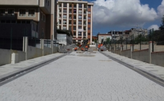 Ümraniye Belediyesi'nin yol çalışmaları devam ediyor