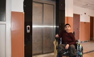 Asansör istedi Belediye yaptı