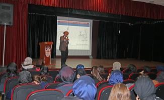 'Elektromanyetik kirlilik' Ataşehir'de öğrencilere anlatılıyor