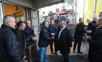 Hasan Can Çamlık Mahallesi bölge esnafı ile bir araya geldi