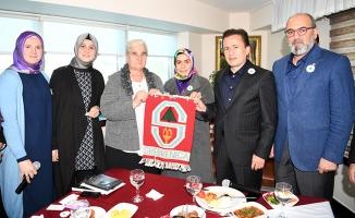 Srebrenitsa Katliamının tanığı anneler, Tuzla'da