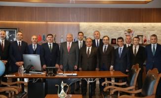 İBB Başkanı Mevlüt Uysal Ümraniye Belediyesi'ni ziyaret etti