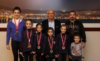 Şampiyon Cimnastikçilerden Altınok Öz'e Ziyaret