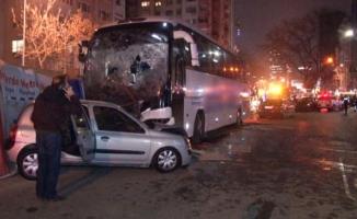 Kadıköy'de yolcu otobüs kaza yaptı