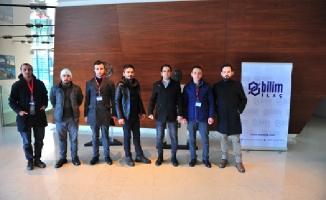 Ümraniye Belediyesi iş arayan vatandaşları firmalarla buluşturuyor