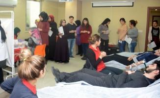 Tuzla Belediyesi Gençlik Merkezi, 96 ünite kan bağışladı