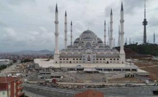 Havadan görüntülerle sona gelinen Çamlıca Camii