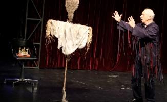 Dünya Tiyatrolar Günü'ndeGenco Erkal Ataşehir'de Sahne Aldı