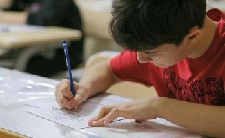 Liseye Geçiş Sınavı başvuru kılavuzu erişime açıldı