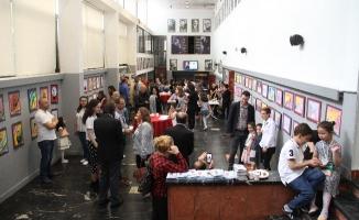 Alternatif Sanat Sergisi Kartal'da Açıldı