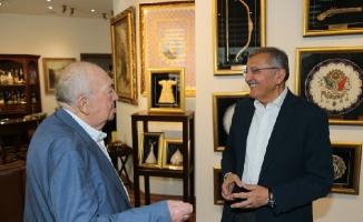Başkan Murat Aydın, Türk Sinemasının Hafızası Türker İnanoğlu'nu ziyaret Etti