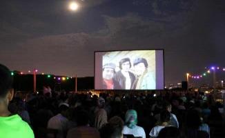Kartal'da Nostaljik Yazlık Sinema Günleri Devam Ediyor