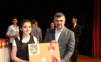 Okul Birincileri Ödüllerini Aldı