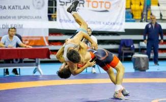 İBBSK, TGF Grekoromen Süper Ligi Şampiyonu Oldu