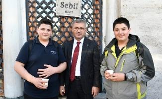 Mevlid Kandili Dolayısıyla Valide-İ Cedid Camii'nde Şerbet Dağıtımı Yapıldı