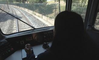 Yeni Kadın Tren Sürücüleri Göreve Hazır