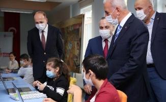 Ümraniye'de EBA Destek Merkezleri Hizmete Girdi