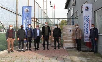 Kartal'da Amatör Spor Kulüplerine İçme Suyu Desteği