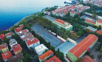 Kadıköy Anadolu Lisesi'nde Neler Oluyor?