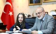 Beykoz Belediyesi'nden 2 milyon 100 bin lira eğitim yardımı