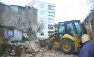 Kartal'da Metruk Yapılar Yıkılıyor