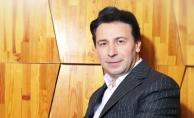 Metin Çanak Şarkısıyla Zirvede