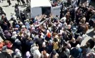 Ümraniye'de 50 TL'lik halı izdihamı
